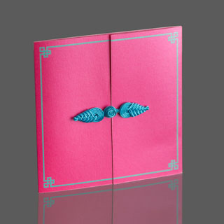 thumb_foldout_pink_01_hero_88A6012